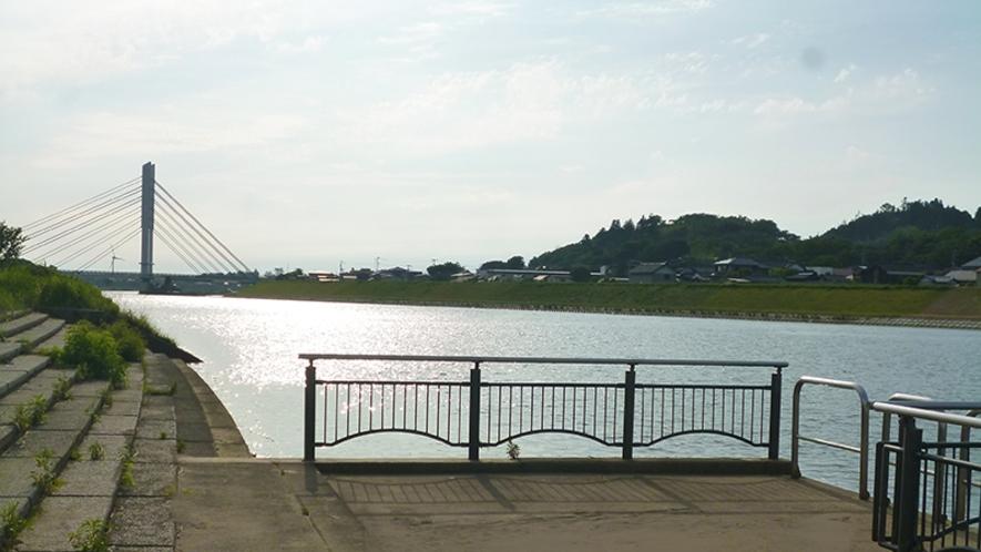 子吉川と由利タワー