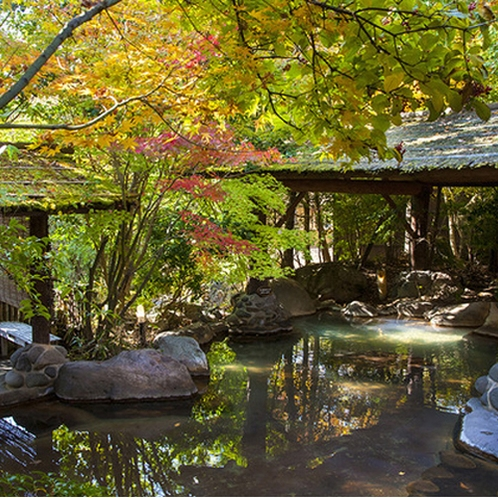 <秋・黒川温泉>紅葉を眺めながらゆっくり温泉♪