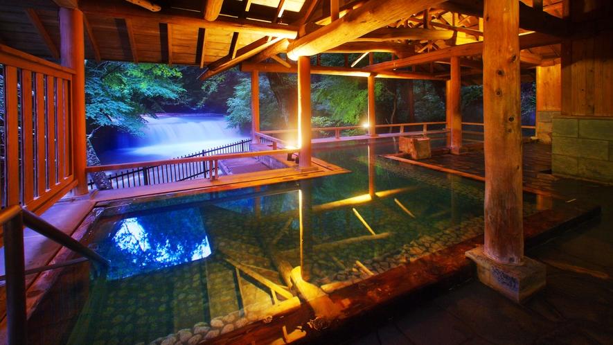 【姉妹館 四万たむら 森のこだま】温泉パスポート購入でご入浴可能です。フロントにて。