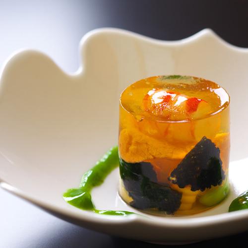 【お料理一例】一品一品を丁寧に。季節の走り・旬・名残りにこだわった懐石料理。