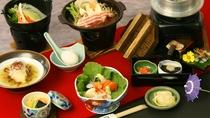 *【料理一例】地元食材にこだわった、料理長自慢の和食膳