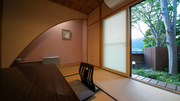 離れ内湯露天付客室「里舎」56平米