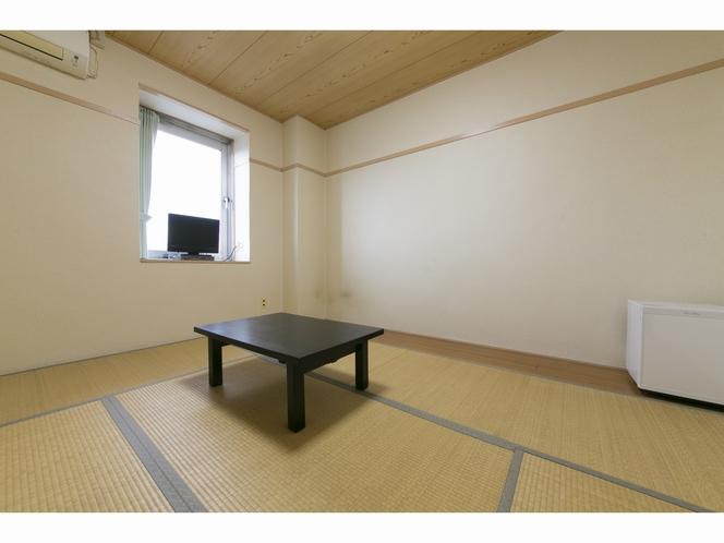 和室(バストイレ共同)
