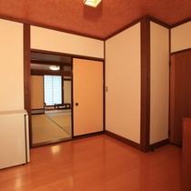 和室14畳二間 - 段差がなく、入り口からゆとりある造りで常連様に人気です