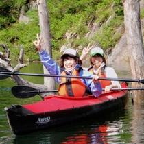 湖上でのカヌーをみんなで楽しむ♪