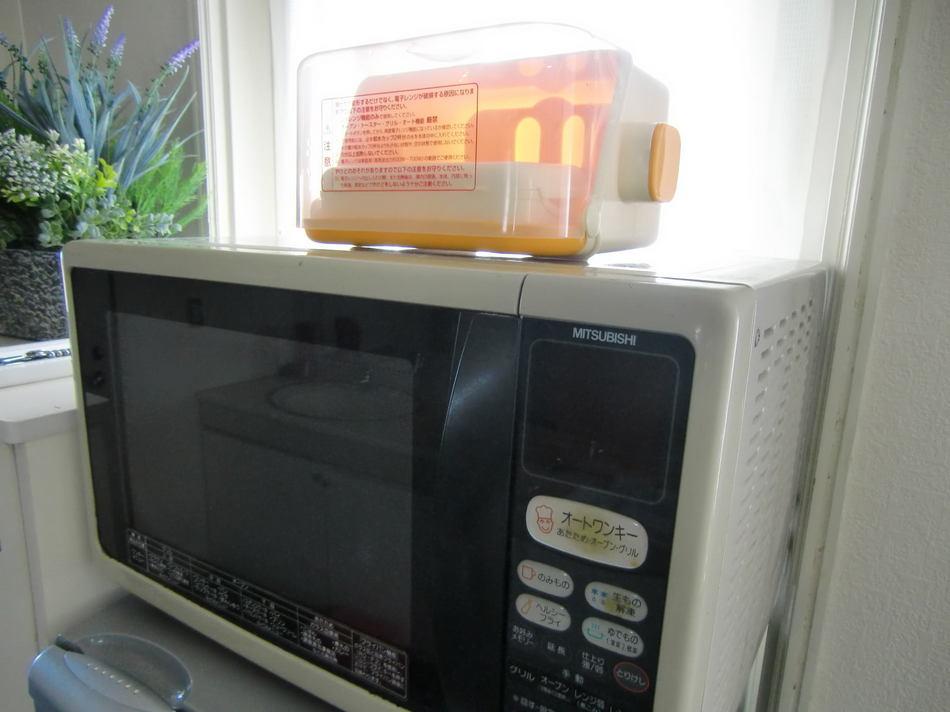 電子レンジ&哺乳瓶洗浄容器