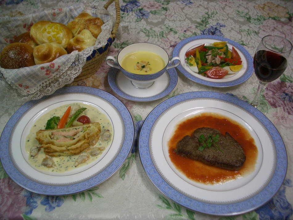 牛ヒレ肉メインのフルコース料理
