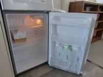冷蔵庫の中の天然水