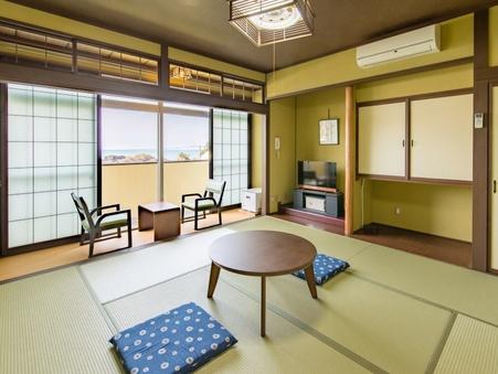 <日本海一望>と<島々の見える眺望・客室>