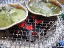 カニ味噌甲羅焼き(当宿はコンロを使っています)
