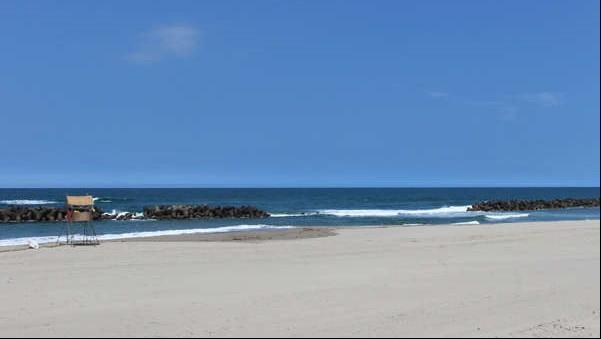 ■【湯野浜海水浴場】県内最大規模の海水浴場。マリンスポーツも盛んな人気スポット(徒歩30秒)