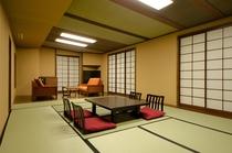 和室<14畳+リビング>【バス無・シャワー付】(妙高山側)