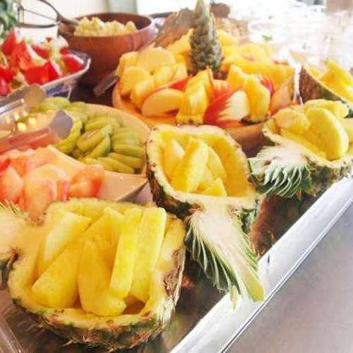 【朝食】新鮮なフルーツもお楽しみいただけます! ※料理一例