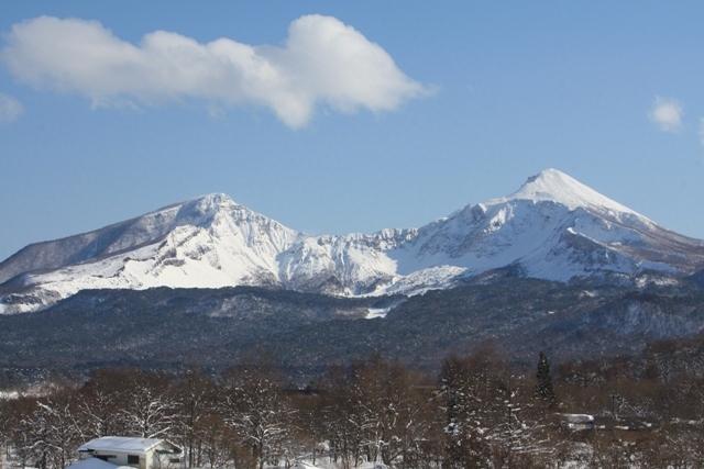 雪の磐梯山