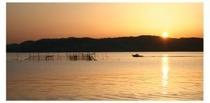 つぼ網と夕日・・前島港にて
