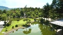 六千坪の大庭園