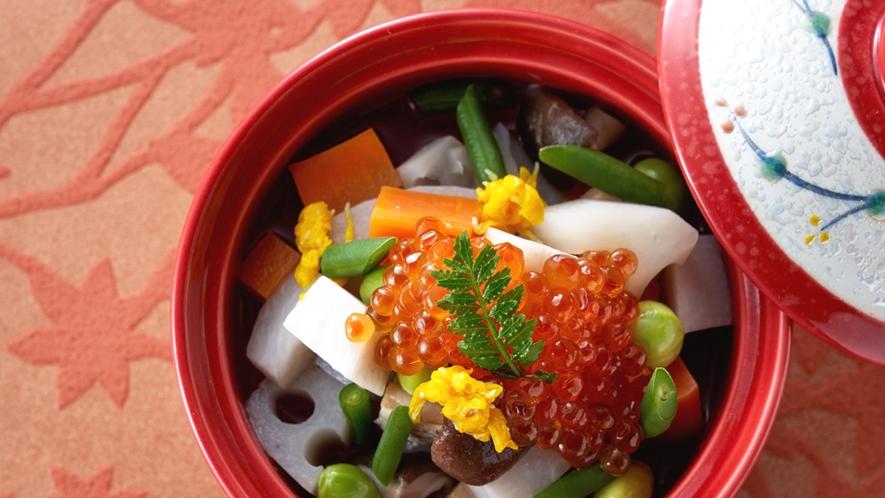 新潟の郷土料理「のっぺい汁」