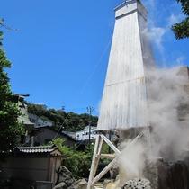 熱川の温泉湯量は伊豆で1~2を誇ります