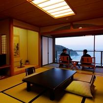 お部屋から刻々と変わる海の景色を眺める 高台から望む全室オーシャンビュー