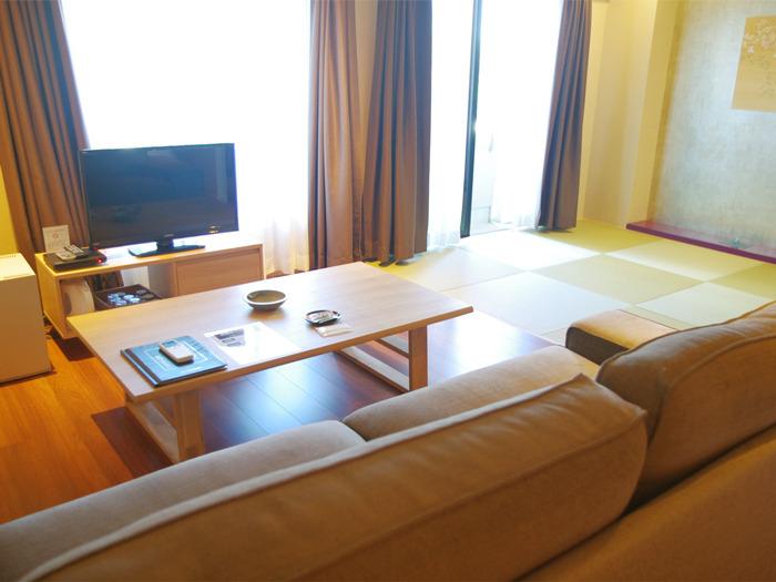 琉球畳とフローリングの間・和モダン 特別室