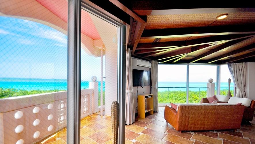 【スイートルーム】窓一面が青い海に緑の大地です!
