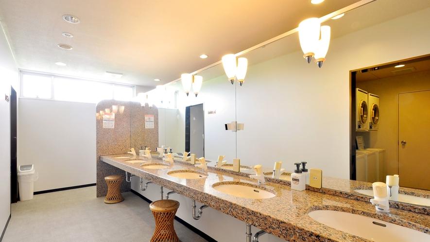 【女性】洗面台(男性用も同様のつくりとなっております)