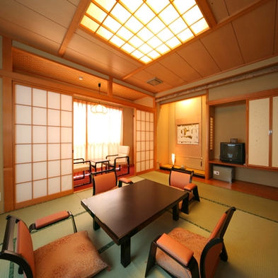 【NET&平日限定】少食の方も安心!夕食のボリューム控えめ会席料理プラン