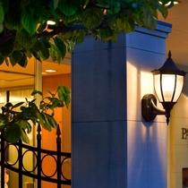 ■ホテル正面