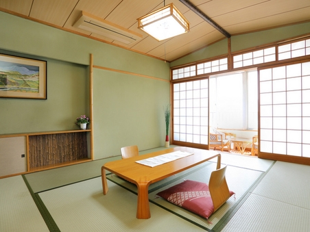 【オーシャンビュー和室】和室10畳(和式トイレ)