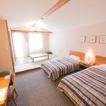 和洋室〜ツインベッドと和室6畳間でゆったり〜