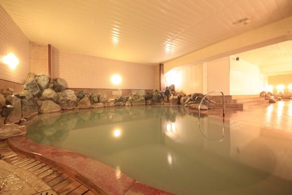 【早期予約30日前】源泉の温泉三昧と蟹も楽しめるバイキングプラン