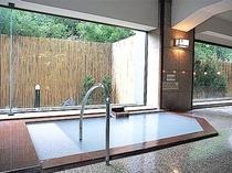 女性大浴場1