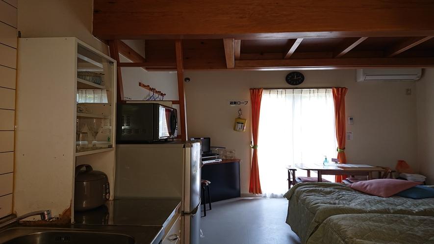 アートロード ロフト付きツインベッドのお部屋