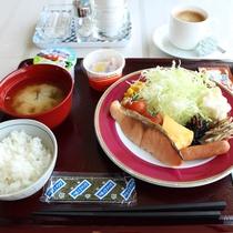 朝食の一例(和食バイキング)