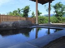 眺めの良い露天風呂