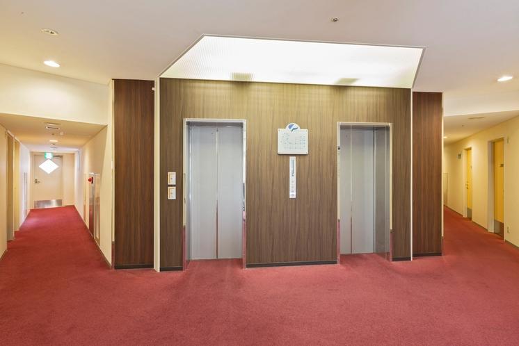 エレベーターホール 2階