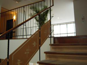 ロビーからの階段