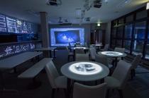プロジェクションマッピングのスタービレッジカフェ by NAKED
