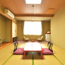 *【和室8畳一例】畳の上に足を伸ばし疲れを癒してください。