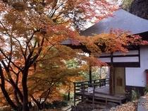 【姨捨長楽寺】紅葉の見頃は10月下旬(上田館からお車で15分)