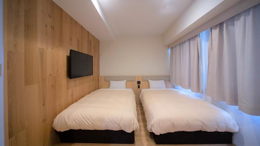 ベッド幅120cmのセミダブルサイズ【ツインルーム】