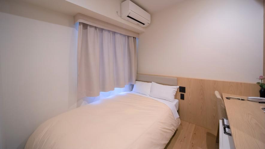 セミダブルサイズ120cm幅のベッド【セミダブルルーム2名利用】