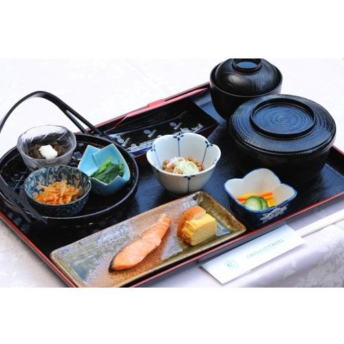 【ご朝食*和食】定番の和食は焼き魚がメイン♪