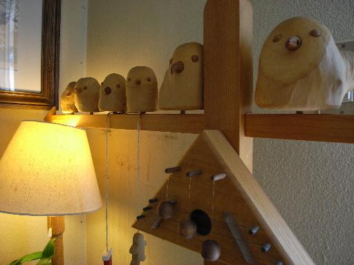 木彫りの小鳥たち