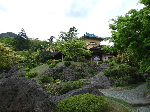 『箱根美術館(4)』美しい日本庭園です。