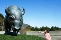 フジテレビでおなじみの『彫刻の森美術館』は箱根登山鉄道・『彫刻の森駅』を出てすぐのところにあります