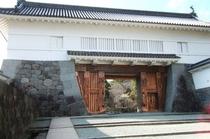 小田原城は「日本の歴史公園100選」や「日本100名城」に選ばれてて、小田原駅から歩いても行けます