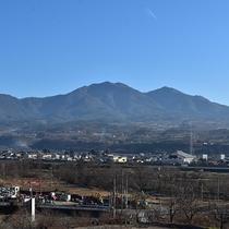 茅ヶ岳側客室からの景色