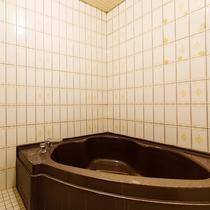 【富士山側】12.5畳和室(広縁付)のお風呂