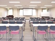 大会議室(80名)
